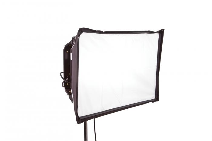 Select/Diva LED 20 Snapbag w/ Grid Cloth, Half