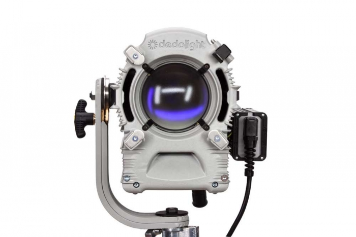 Dedolight DLH1200, 1200 W Focusing HMI Light Head