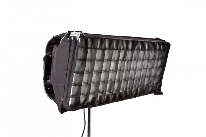 Select/Diva LED 30 Snapgrid 40°