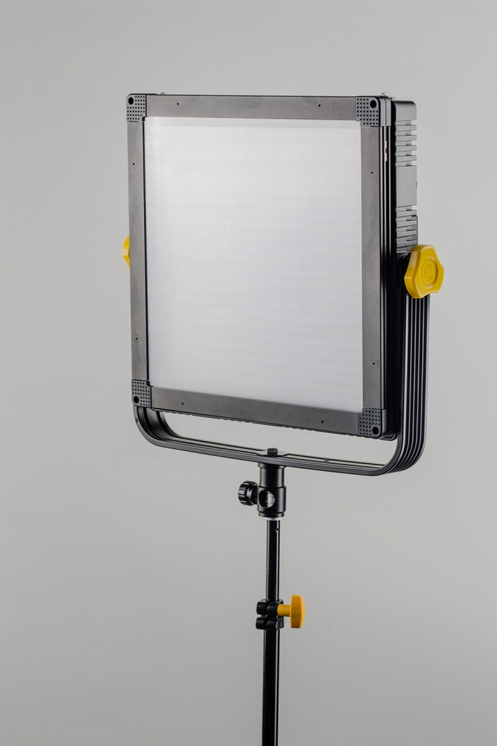 Tecpro FELLONI3 - Bi-Colour system, 45 degree, High Output